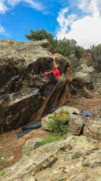 Rock Climbing Photo: Setting up to match on the sloping lip of Dick Duc...