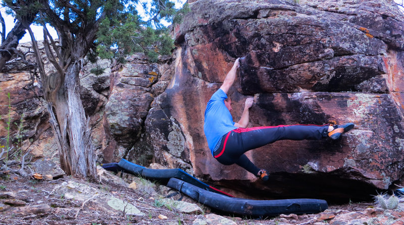 Rock Climbing Photo: Setting up to reach the left hand edge on Dishonor...