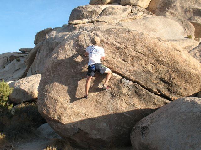 Rock Climbing Photo: Collieherb (V0), Joshua Tree NP