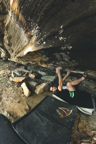 "Rock Climbing Photo: ""Black Snapper"" V7"