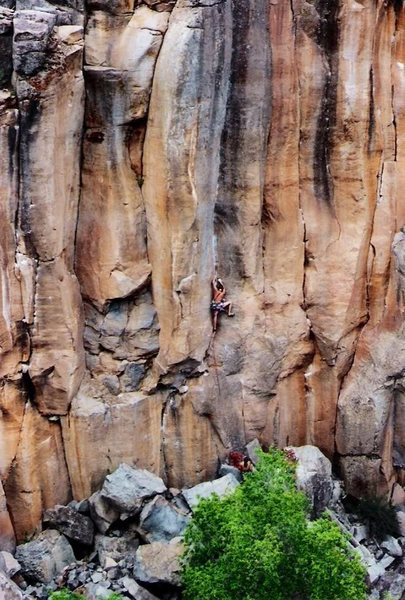 Rock Climbing Photo: The late Rob Drysdale leading Paradise Lost 5.12-,...