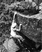 Rock Climbing Photo: Bouldering out an FA on The West Bluffs, Devils La...