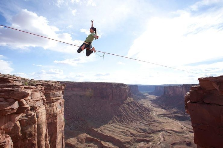 Rock Climbing Photo: Dean Potter's 120 ft. Highline at the Fruit Bowl i...