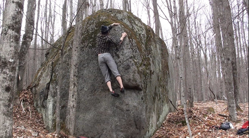 Rock Climbing Photo: Rob reaching the top of the bulge.