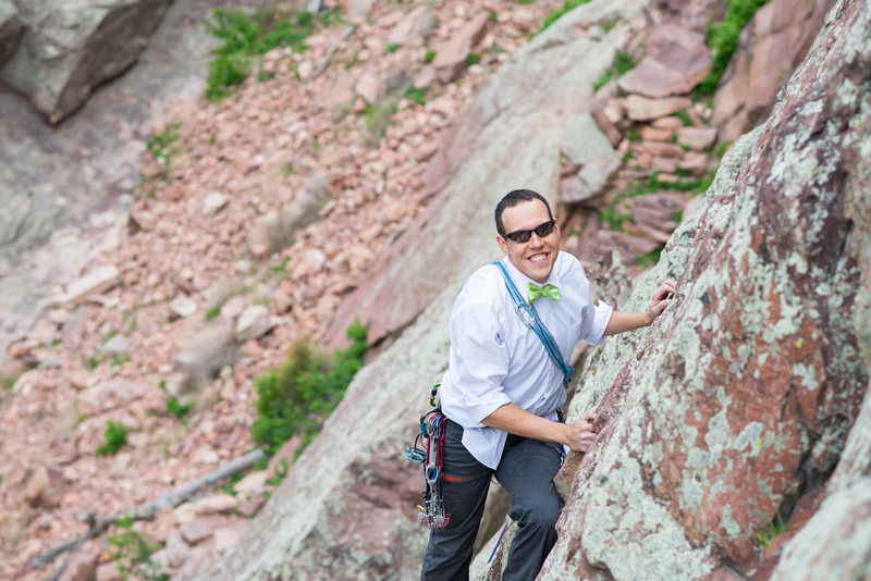 Groom leading The Bomb on Wind Tower, Eldorado Canyon