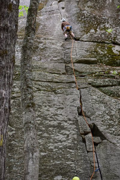 Kiddy Crack (5.7)<br> <br> Photo: Debra Hasse