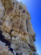 Rock Climbing Photo: Howard entering the perfect hand crack Pitch 1, Ea...