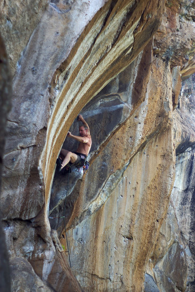 Powerhouse Keith Beckley warming up the guns on Be The Burn 5.11+, The South End, Peaks Crag.<br> Wade Forrest Photo