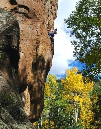 Rock Climbing Photo: Colin up high on Pitbull Listick.