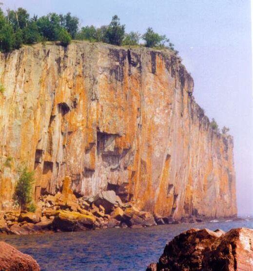 The northern end of one of my favorite places on earth, Palisade Head, MN