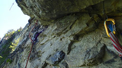 Rock Climbing Photo: Pitch 2 of Pleasant Overhangs