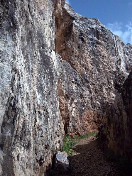Rock Climbing Photo: The majority of the routes are located in this cor...
