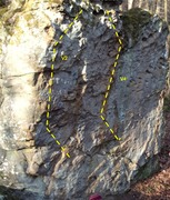 Rock Climbing Photo: Go straight up the small pinches on the middle red...
