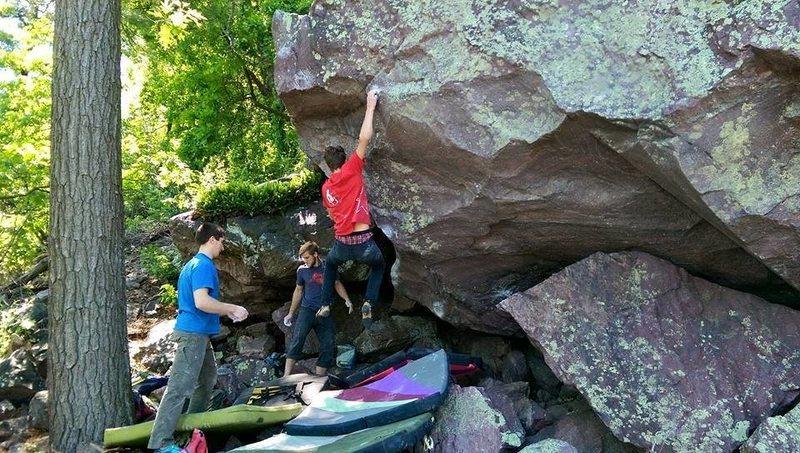 Rock Climbing Photo: Nimmer Sticking the jump
