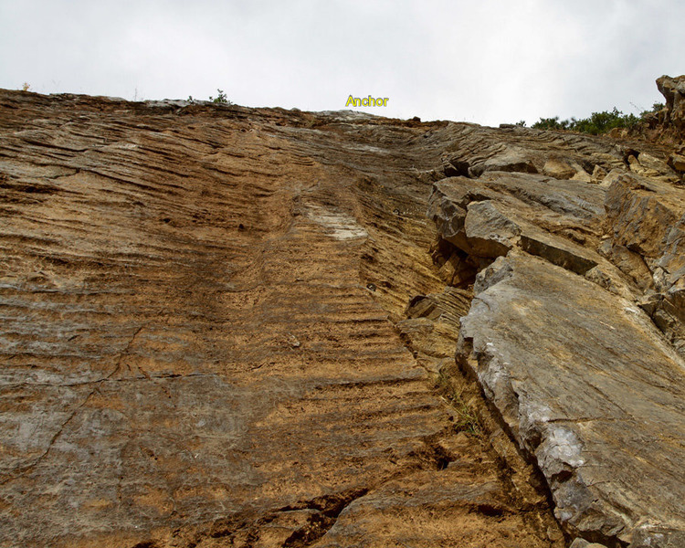 Scale Wall, Landslide 5.8 next to unknown 5.10c