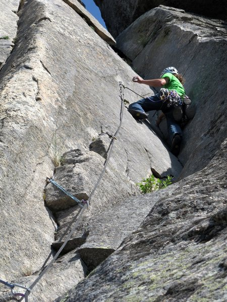 Rock Climbing Photo: Diedro Loquillo, 5.10b/c La Cabrera, Spain