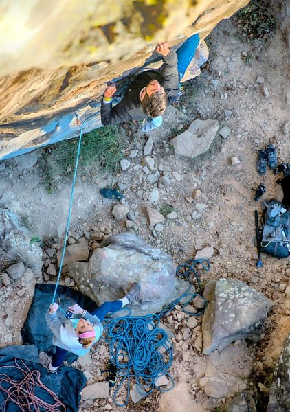 Rock Climbing Photo: Making my way up one of the best moderate routes a...