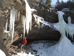 Rock Climbing Photo: Jan 2015 -- Brandon rapping off the upper tier of ...