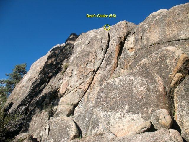 Rock Climbing Photo: Bear's Choice (5.6), Holcomb Valley Pinnacles