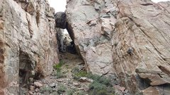 Rock Climbing Photo: Mike Snyder climbing A Hint of Ollorosso .12d on t...