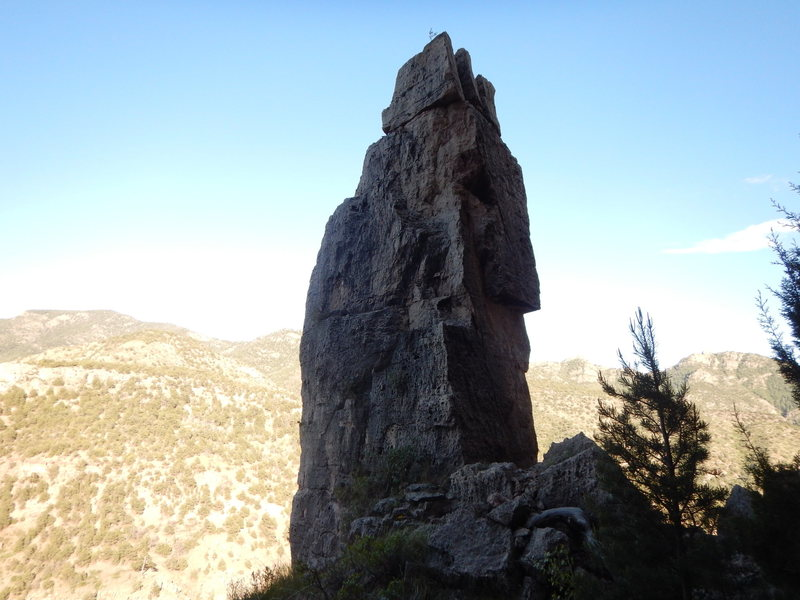 Arrowhead Spire, Shelf Road.