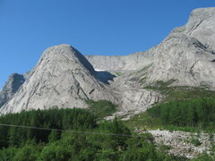 Rock Climbing Photo: Uskedalen