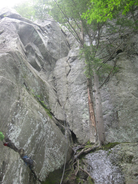 Rock Climbing Photo: Follows the obvious corner to ledge, and the crack...