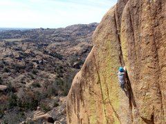 Rock Climbing Photo: Mike O'Hara working through the Eliminator