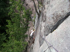 Rock Climbing Photo: Looking at end of P1 from midpoint belay