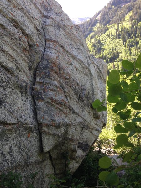 Rock Climbing Photo: Lurp climbs the face to the right of the crack.