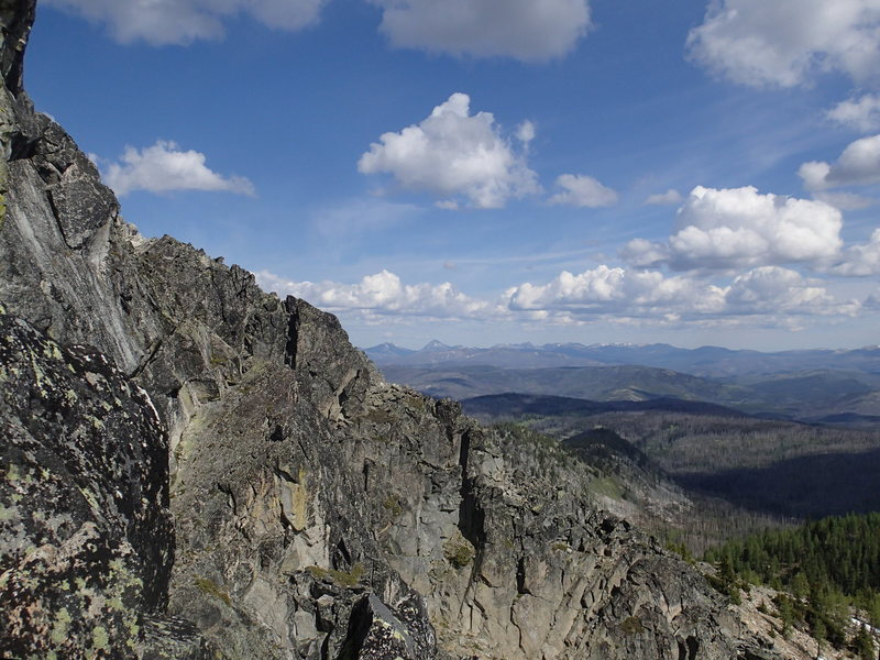 Rock Climbing Photo: View north from hallway up the North Tower Ridge R...