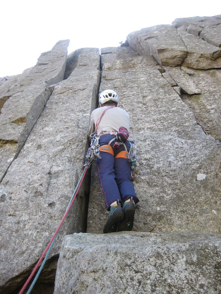 An upward view from the base of the crack - drastically foreshortened!<br> Photo by Phil Ashton