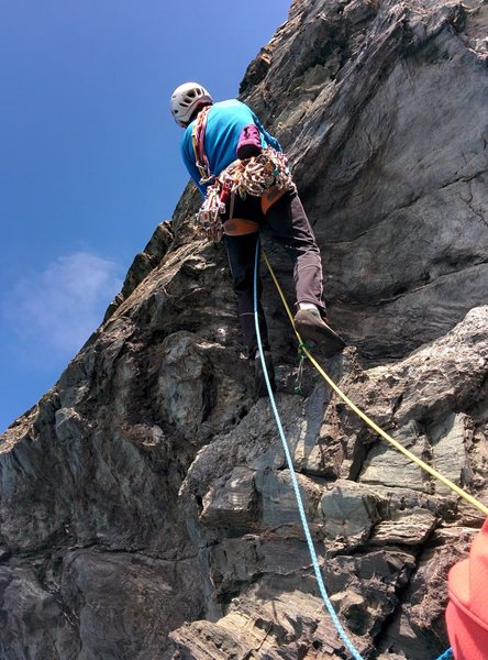 Pulling round the initial overhang (photo by Charles Kinniburgh)