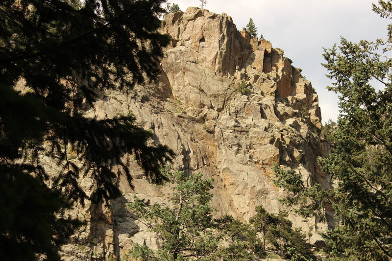 Rock Climbing Photo: View of [The Bihedral] from Cascade Crag.