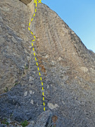 Rock Climbing Photo: The route, with the upper arete a bit foreshortene...