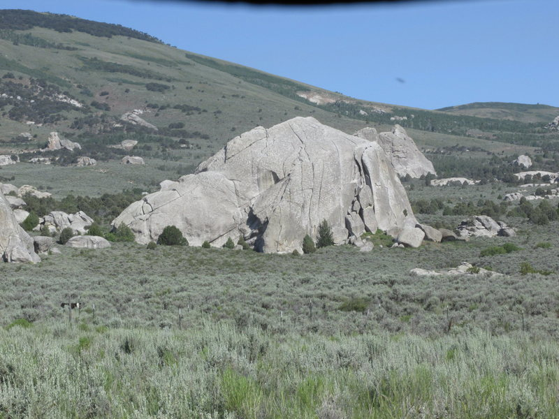 Elephant Rock with strong crosslighting--shows Columbia Crack well.