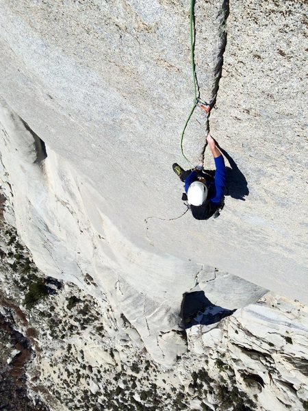 Dave Russell cruising the Ultimate Finger Crack 5.10c