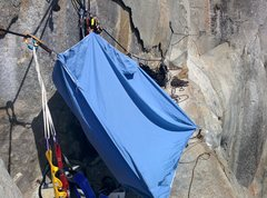 Rock Climbing Photo: We strung a sheet up on the Ahwahnee ledge to esca...