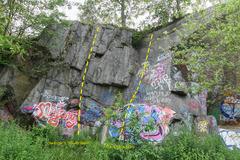 Rock Climbing Photo: Swingle's Quarry topo - south left.