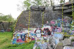 Rock Climbing Photo: Swingle's Quarry topo - north right.