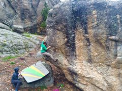 Rock Climbing Photo: Finish up the arete, Kevin Baker climbing