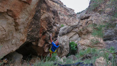Rock Climbing Photo: Sticking the left hand edge on Tickle Grips.