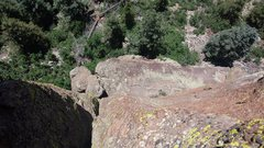 Rock Climbing Photo: Looking down Pitch 2 on the nice belay ledge.