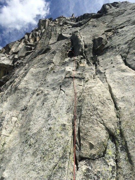The first pitch of Acid Baby. Awesome 5.9+ corner!!