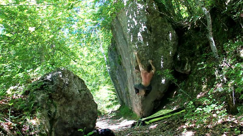 Rock Climbing Photo: Bouldering in Larraona