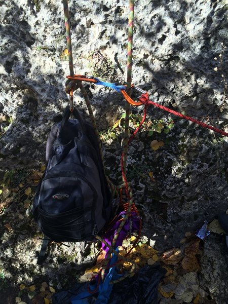 Rock Climbing Photo: Weighted rope ends for tr soloing