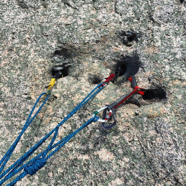 Quartz solution pocket belay anchor for third pitch. (i.e At top of P2)