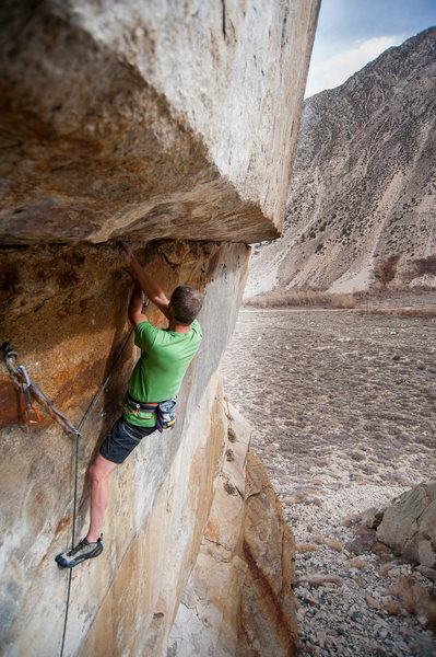 Starting the roof traverse on Sunkissed. <br> Photo: Rick Ziegler.