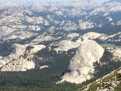 Rock Climbing Photo: The backside of Fairview from Cathedral peak.  Thi...