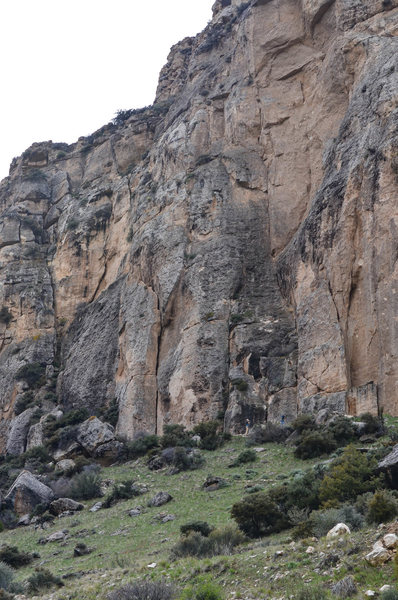 Rock Climbing Photo: Most of the routes only go about a quarter of the ...